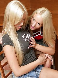 Teen Lesbians Porn