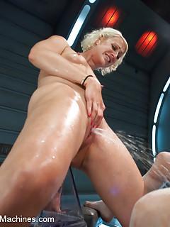 Lesbian Squirting Porn
